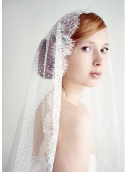 Anna Veil | Beautiful Swiss Dot Mantilla Veil with Lace Edge 1.5 Meters Wedding Veil