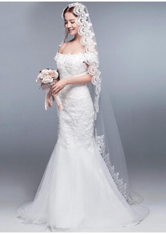 Iris Veil | Mantilla Veil with Lace EdgeCathedral Length 3 Meters Ivory Bridal Veil